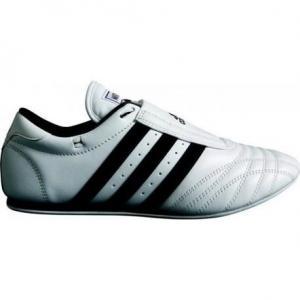 Chaussures taekwondo adidas cuir